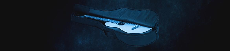 Taschen für Gitarren und Bässe